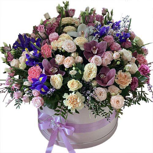 """Шляпная коробка """"Дорогая"""" мікс квітів"""